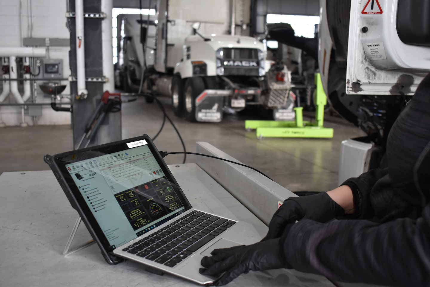In early 2019, Vision expanded its use of SRM to build paperless service event management processes in ASIST, and soon afterward it implemented the application when it issued iPad tablets to 35 technicians in its Etobicoke, Ontario shop.